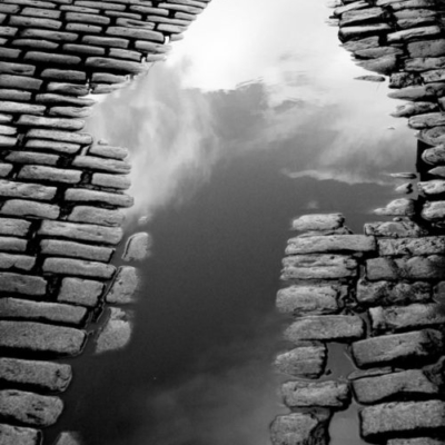 Ireland, Dublin, Temple Bar, Cobblestones, Rain, black and white photography